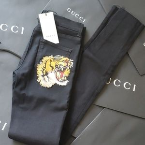 NWT Authentic Gucci Black Tiger Embroidered Jeans